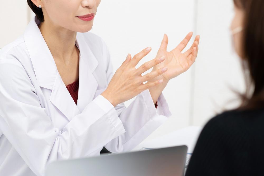 女性医師による大腸内視鏡カメラ